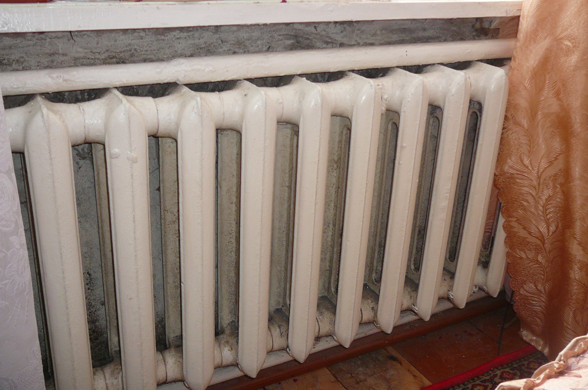 vodyanye-stalnye-radiatory-otopleniya