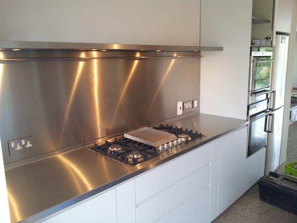 Чем можно заменить кухонный фартук_3