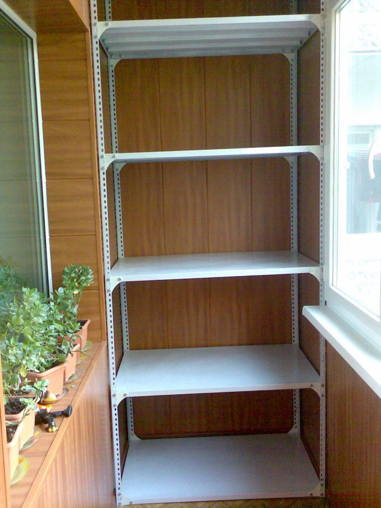 stellazh-na-balkon-4